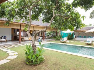 Mango Tree Villa just a short walk to the beach