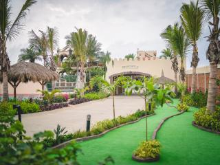 Grab a cerveza and give your own private putting green a try!