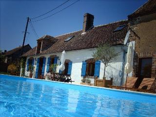 maison de campagne avec piscine, Joigny