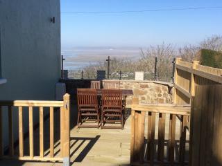 Fairway Cottage overlooking sea