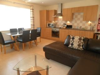 Coast Apartments Sun; spacious 2 bedroom duplex, Blackpool