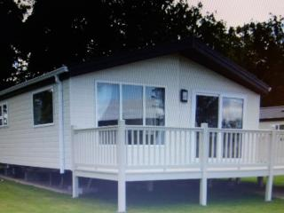 HOLIDAY LODGE, NORTHUMBERLAND.BERWICK GOLF NEAR BY, Berwick upon Tweed