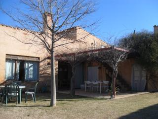 Casa Olives 15kms to Costa Brava beaches, Les Olives