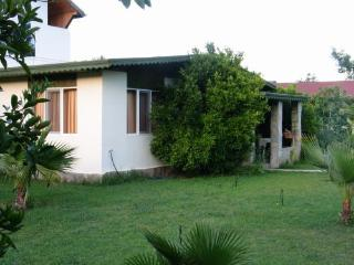 Sweet Bungalow with Shared outdoor pool, Cirali