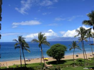 PREMIUM Ocean View Studio - On Kaanapali Beach!