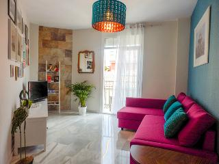 NEW Bright Cozy Apt Centre Malaga. Fully equipped, free wifi. All you need!