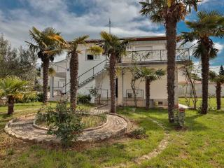 Villa Daniel   Accomodation, Pula, Location!