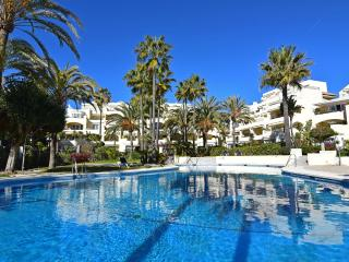 Beachfront apartment in White Pearl Beach, Elviria