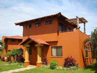 Villa for rent, Playa Junquillal