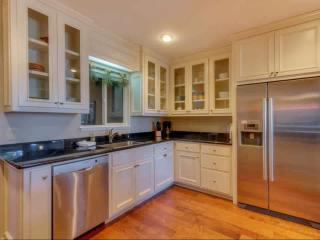 Updated Dollar Point home w/ views, hot tub, wifi, Tahoe City