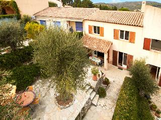 06.640 - Holiday in Biot
