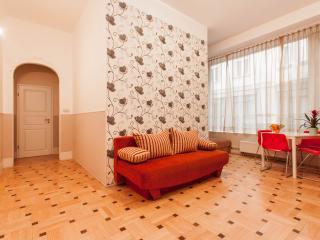 Three-Bedroom Apartment 'HARIS', Budapest