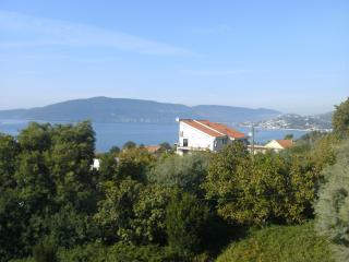 beautiful sea views of boka bay and great location, Herceg-Novi
