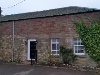 Pet friendly Country cottage great for beach and countryside.