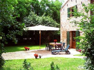 Agriturismo Casa Pisani B, giardino con piscina, San Pietro Viminario