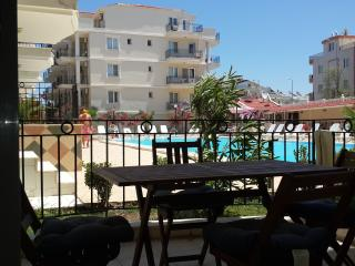 Sunflower 3 Bed Apartment, Altinkum