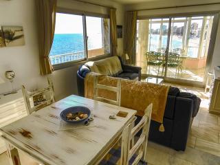 Corner All Day Sun Apartment, Fuengirola