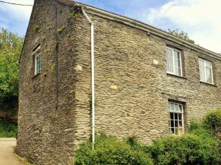 Granary Cottage with use of swimming pool from Easter until end of October
