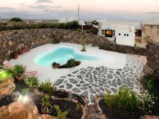 Casa Los Olivos con piscina-jameo, La Asomada
