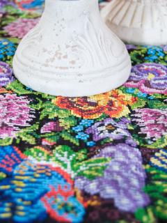 Villas de la Ermita 02 / Table Detail - With traditional Guatemalan knitting