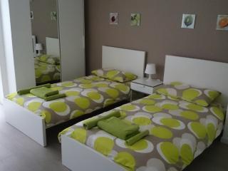 Milano Apartment Via Savona, Milán