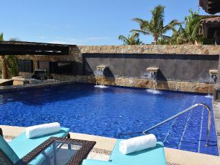 Oceanfront Luxury 4 Bedroom Villa, Cabo San Lucas