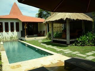 Villa Paradise - a modified Joglo in the tropics, Ubud