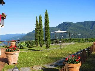 Pozzo Gelsomino, Large pool, stunning views WIFI, Molazzana