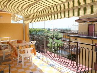 """Appartamento in residence vicino al mare """"SILVYA"""", Giardini-Naxos"""