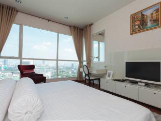 22nd Flr Luxury 1BR Apt in City Center, Bangkok
