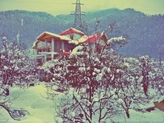 Bharhka Countryside Cottage Resorts, Manali