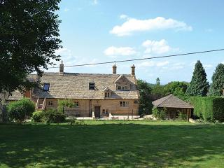 Oat Hill Farmhouse (8 Guests), Snowshill