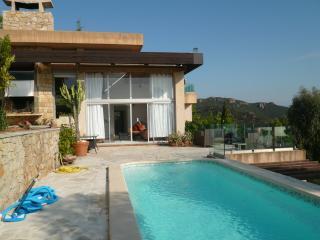 Villa Charmante with pool and fantastic  sea view