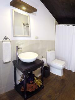 Villas de La Ermita 03 / Bathroom 2