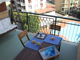 ITALIAN RIVIERA HOLIDAY CHARMING APARTMENT, Pietra Ligure