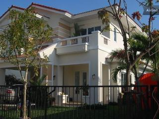 European Style House Full Furnished, Bang Kruai