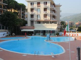 ITALIAN RIVIERA HOLIDAY CHARMING APARTMENT