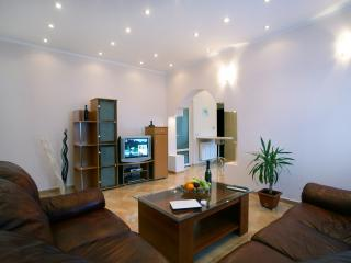 Grand Accommodation - Cismigiu Apartment, Bucharest