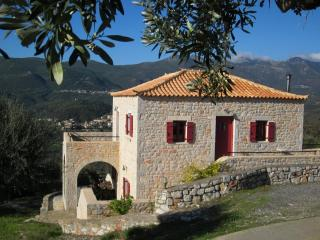 Lovely Villa Polyorea, Ghitio