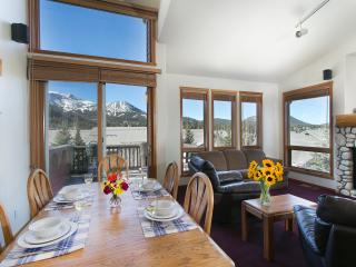Snowcreek V 999 - Mammoth Luxury Townhome, Mammoth Lakes