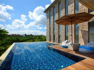 Rooftop Pool Villa in Canggu