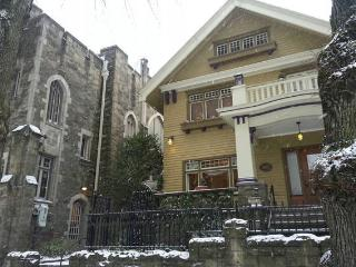 The Historic Hafner Manse, Downtown Portland