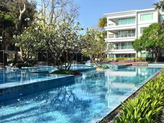 Baan Sandao Luxury Beach Service Apartment D204, Hua Hin