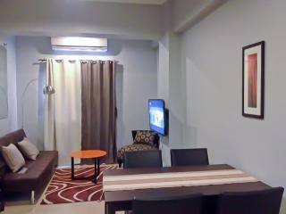 Nostalgic 1-Bedroom Across NAIA 3