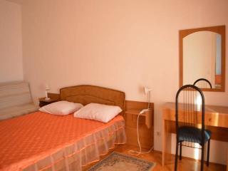 CR27 - Apartment 2, Dugi Rat