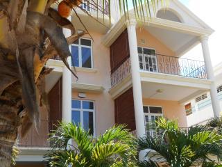 Villa Fleur De Cannes- 2 ch 2eme etage