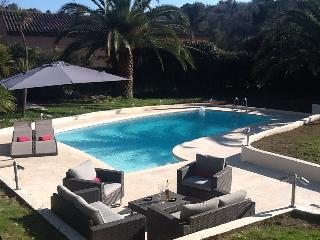 Modern Family Villa on the Cote Azur, Valbonne