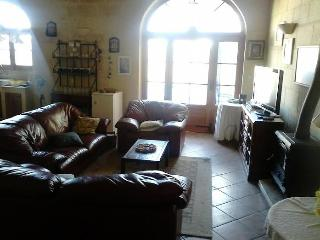 Ta Gemma Farmhouse with Pool Gozo (Sleeps 8+8), Nadur