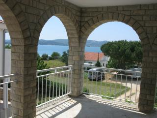 Apartment Mary 4 for 4 persons - 30m from the sea with air conditioning, Sveti Petar
