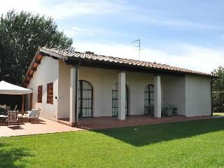 3 bedroom Villa with private garden&pool, Empoli